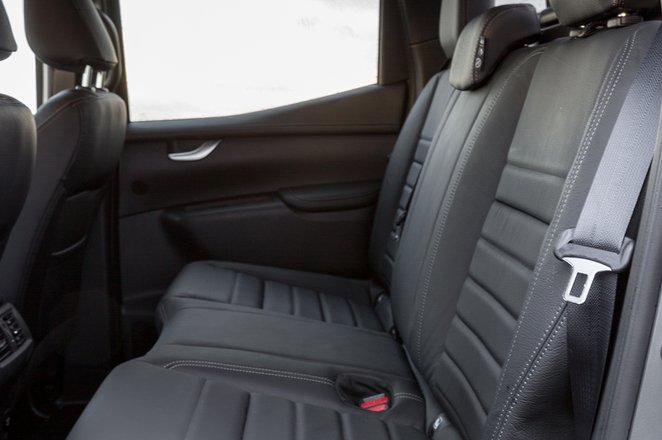 Mercedes-Benz X-Class 2019 rear seats