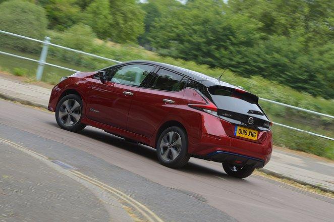 Nissan Leaf 2020 rear cornering