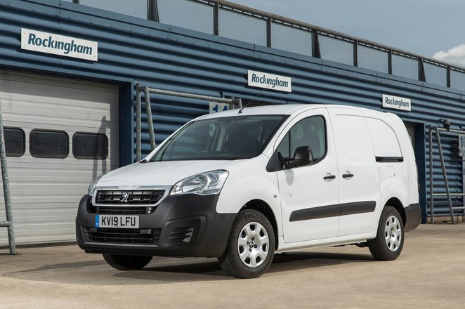 Peugeot Partner Electric front 2019