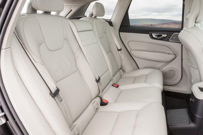 Volvo XC60 2019 rear seats
