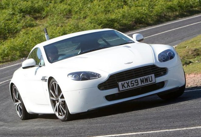 Used Aston Martin Vantage Review What Car - Used aston martin v8 vantage
