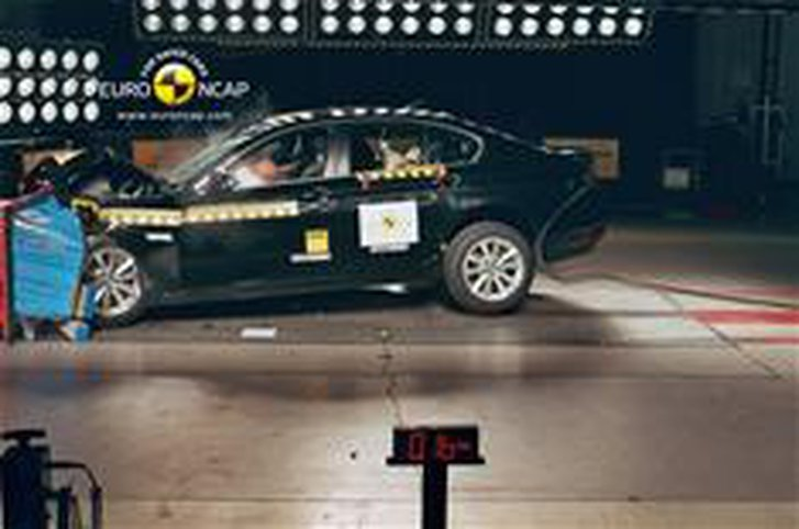 Watch the best and worst crash tests