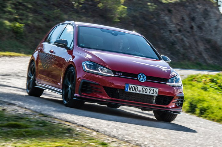 Volkswagen Golf GTI TCR front three-quarters driving