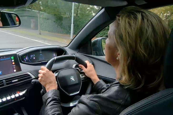 The PEUGEOT 3008 SUV's advanced i-Cockpit transforms driving