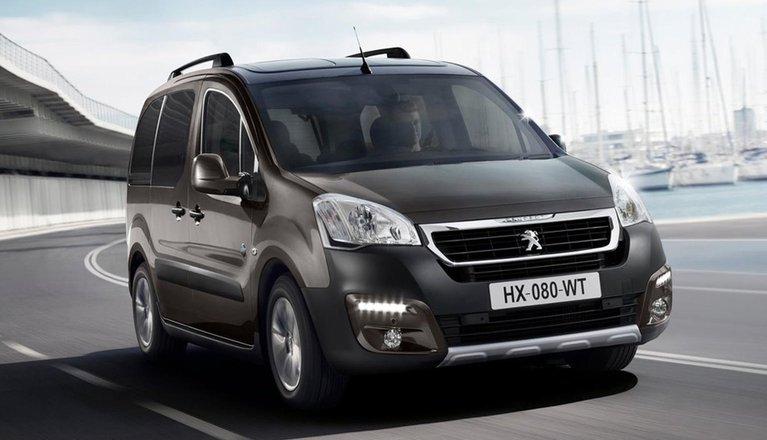 Peugeot Partner Tepee Interior, Sat Nav, Dashboard | What Car?