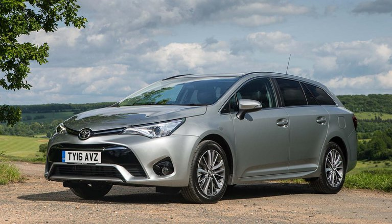 toyota avensis touring sports review 2019 what car. Black Bedroom Furniture Sets. Home Design Ideas