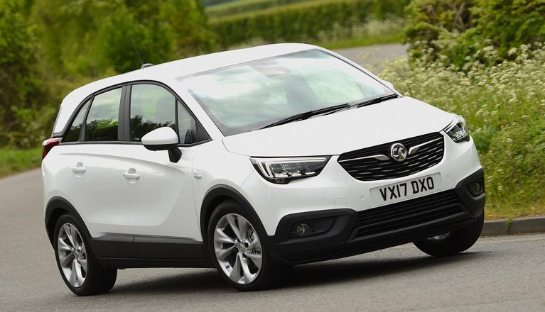 vauxhall crossland x review 2019 what car. Black Bedroom Furniture Sets. Home Design Ideas