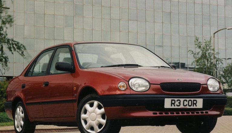 Toyota Corolla Saloon (97 - 04)