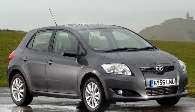 Toyota Auris Hatchback (07 - 09)