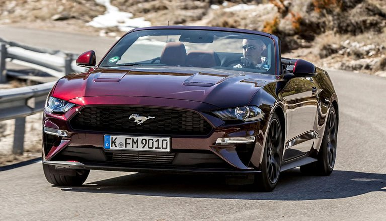 ford mustang convertible boot space size seats what car. Black Bedroom Furniture Sets. Home Design Ideas