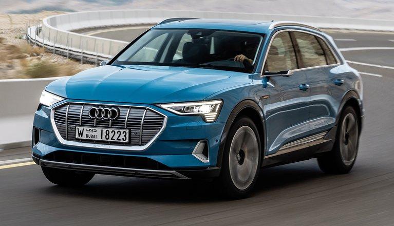 2019 Audi e-tron cornering