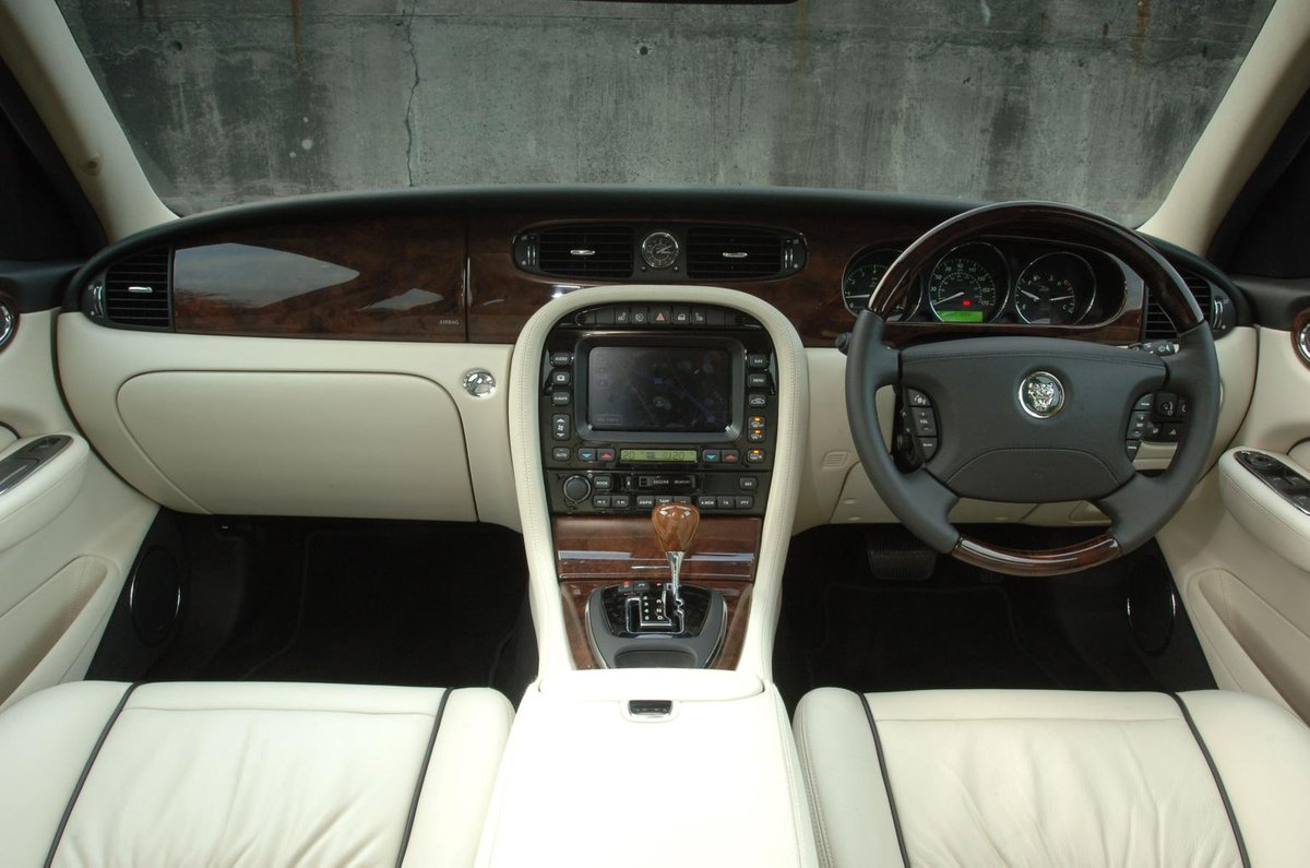 Used Jaguar Xj Review 2003 2009 What Car 4 0 V8 Engine Diagrams Open The Gallery