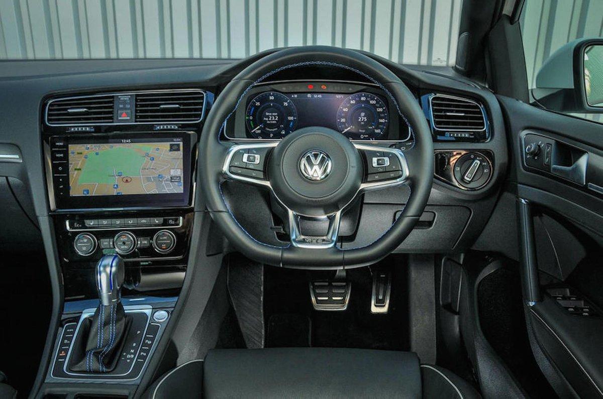 volkswagen golf gte interior sat nav dashboard what car. Black Bedroom Furniture Sets. Home Design Ideas