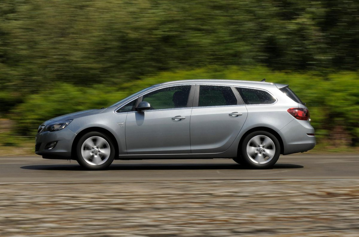 Used Vauxhall Astra Sports Tourer 2010-2015
