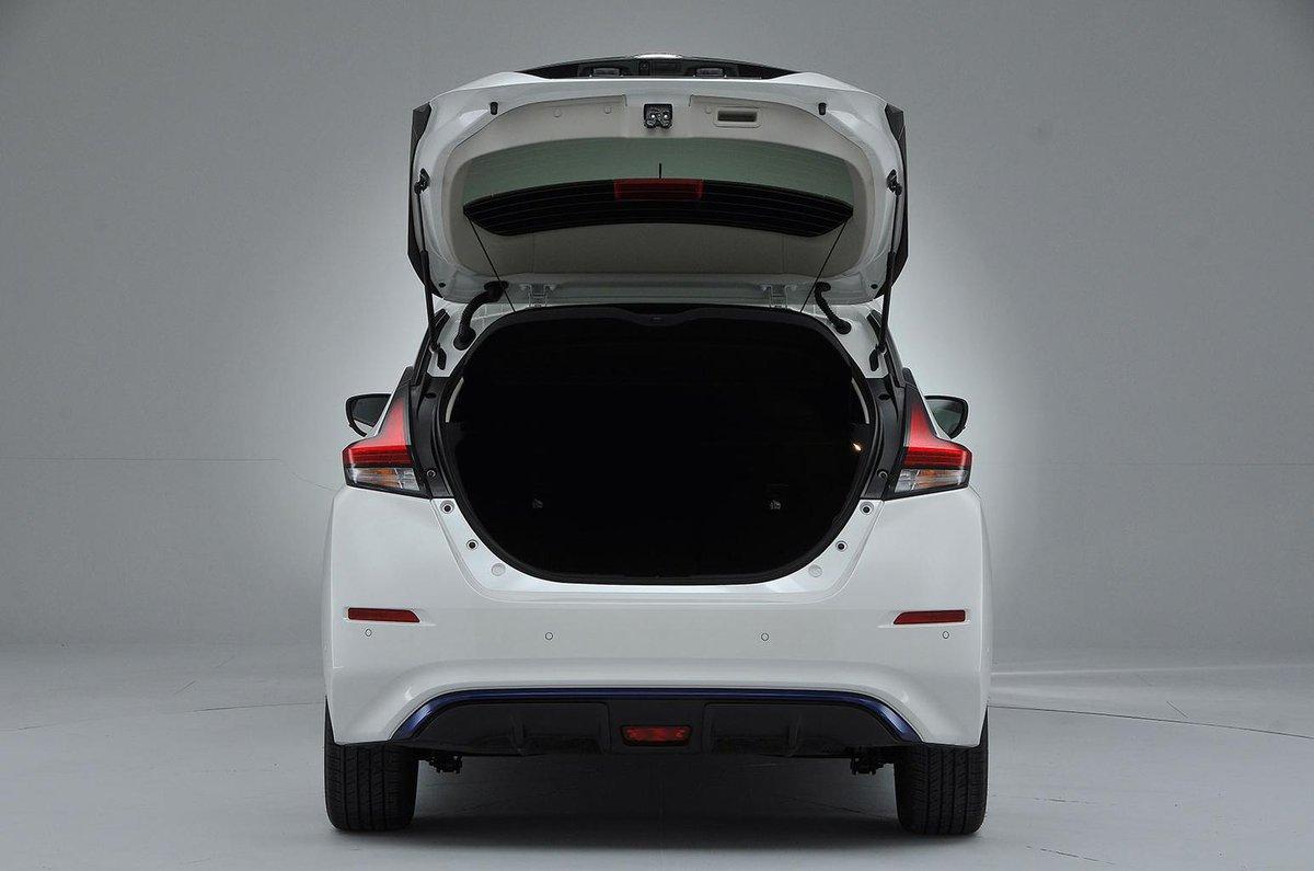 Nissan Leaf boot