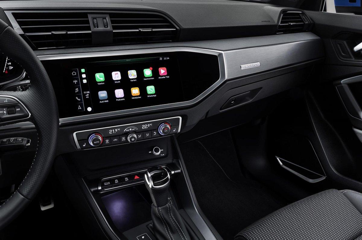 Audi Q3 touchscreen