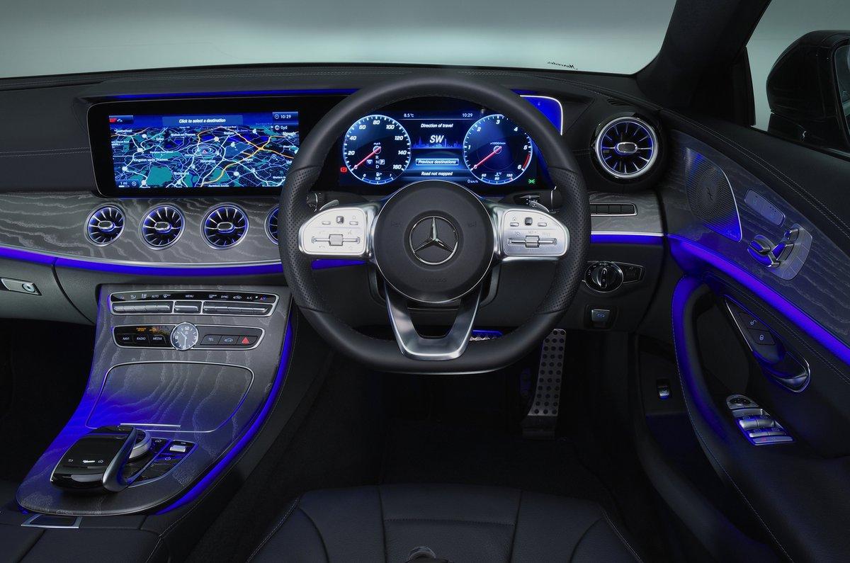 Mercedes CLS dashboard