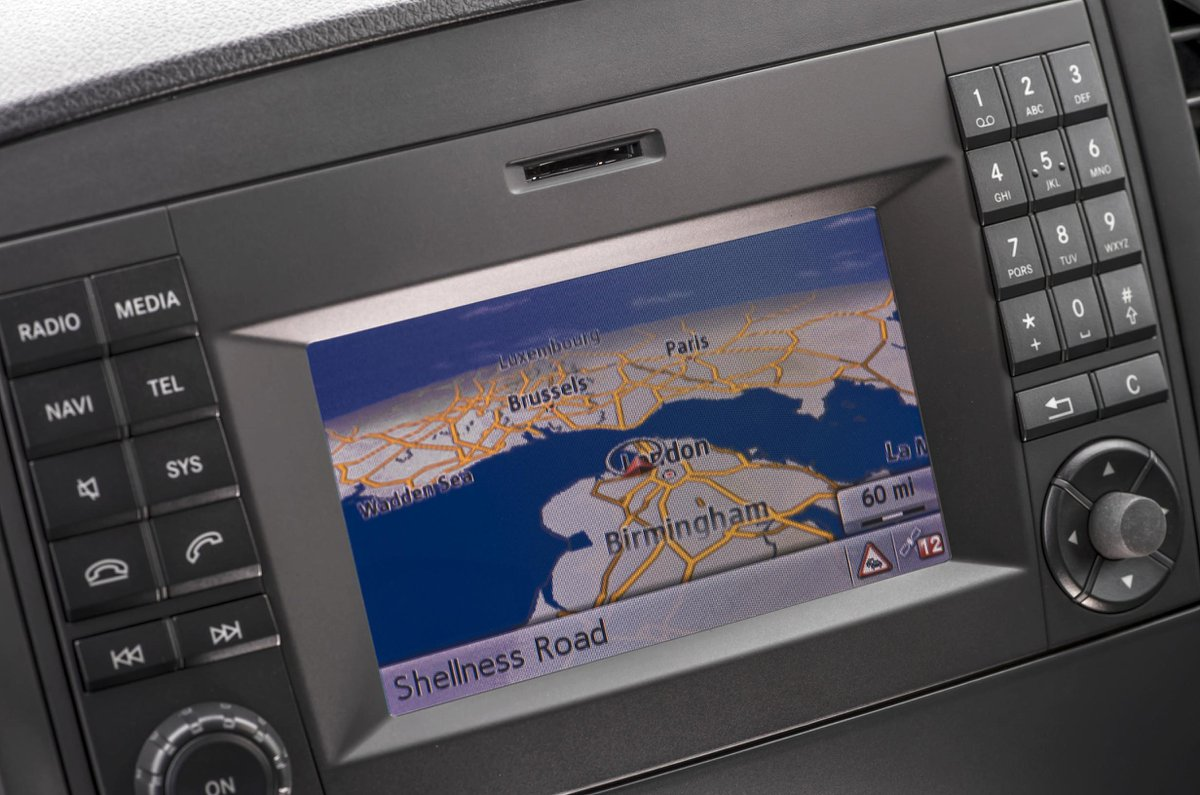 Mercedes Vito infotainment screen