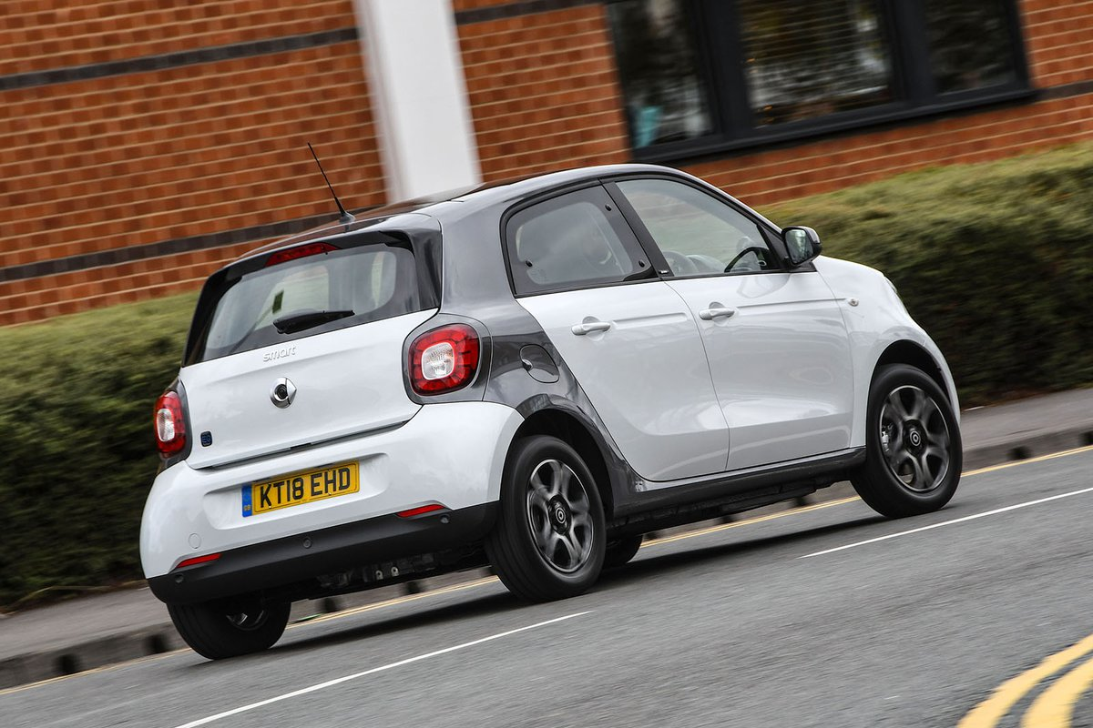 Smart Forfour EQ rear cornering