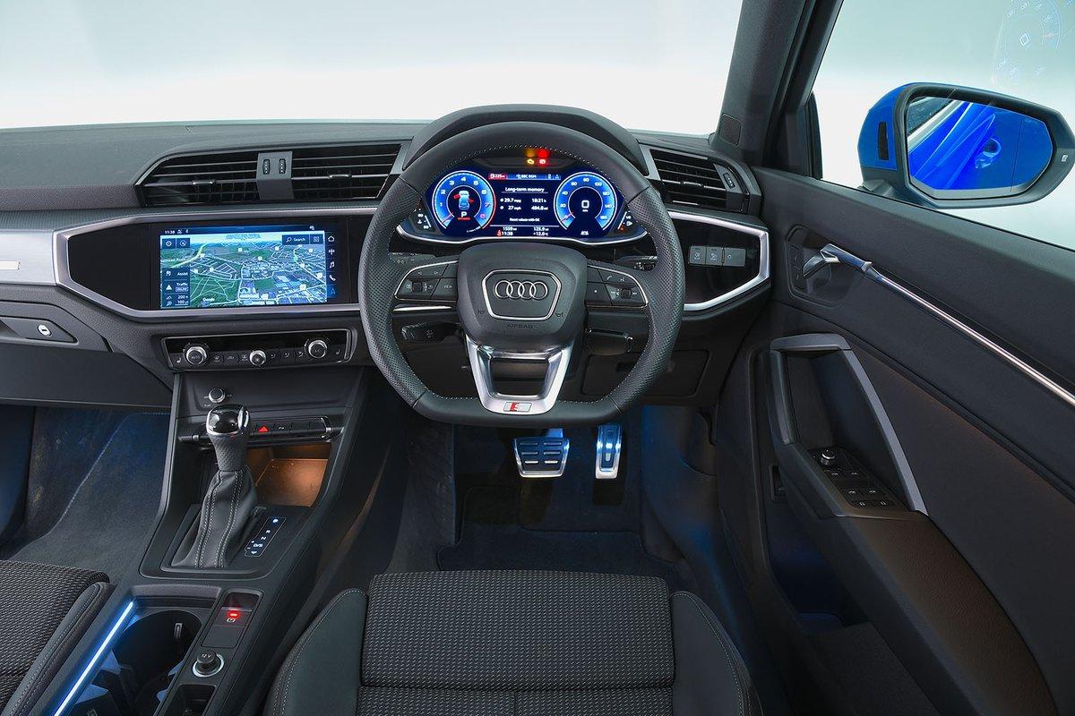 audi q3 interior  sat nav  dashboard