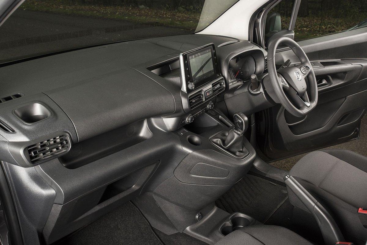 Vauxhall Combo Cargo interior