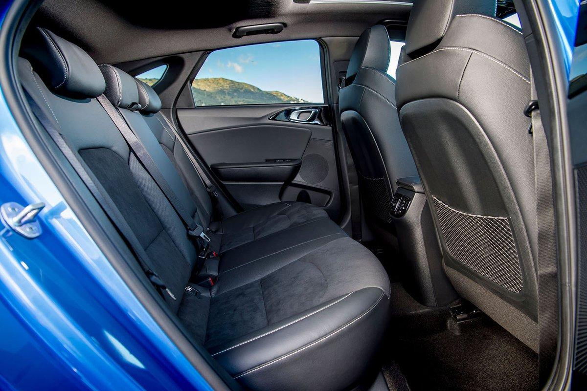 Kia Proceed 2019 rear seats