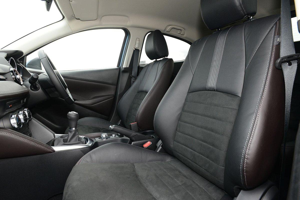 Mazda 2 2018 left front interior
