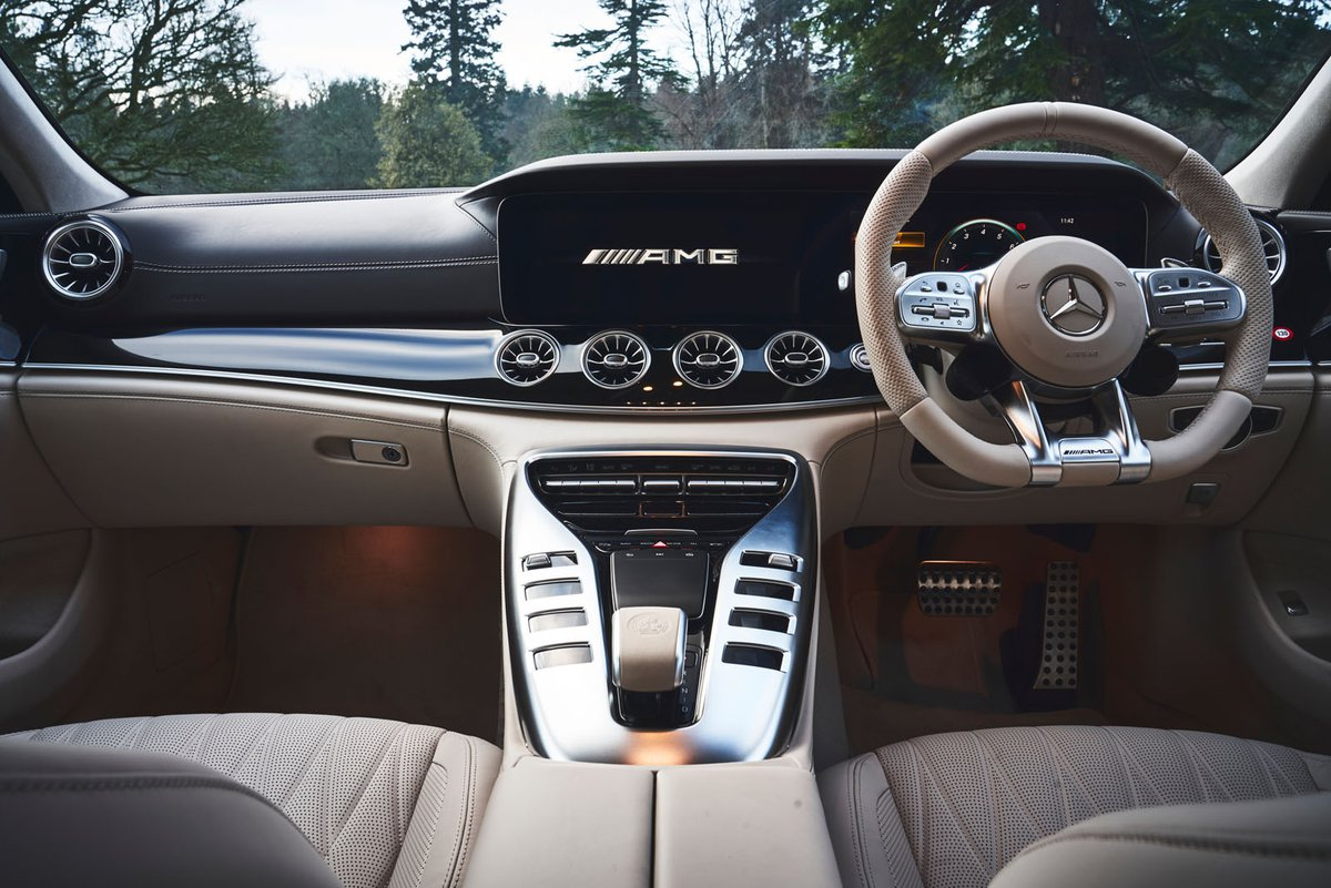 Mercedes-AMG GT 4-door 2019 RHD dashboard