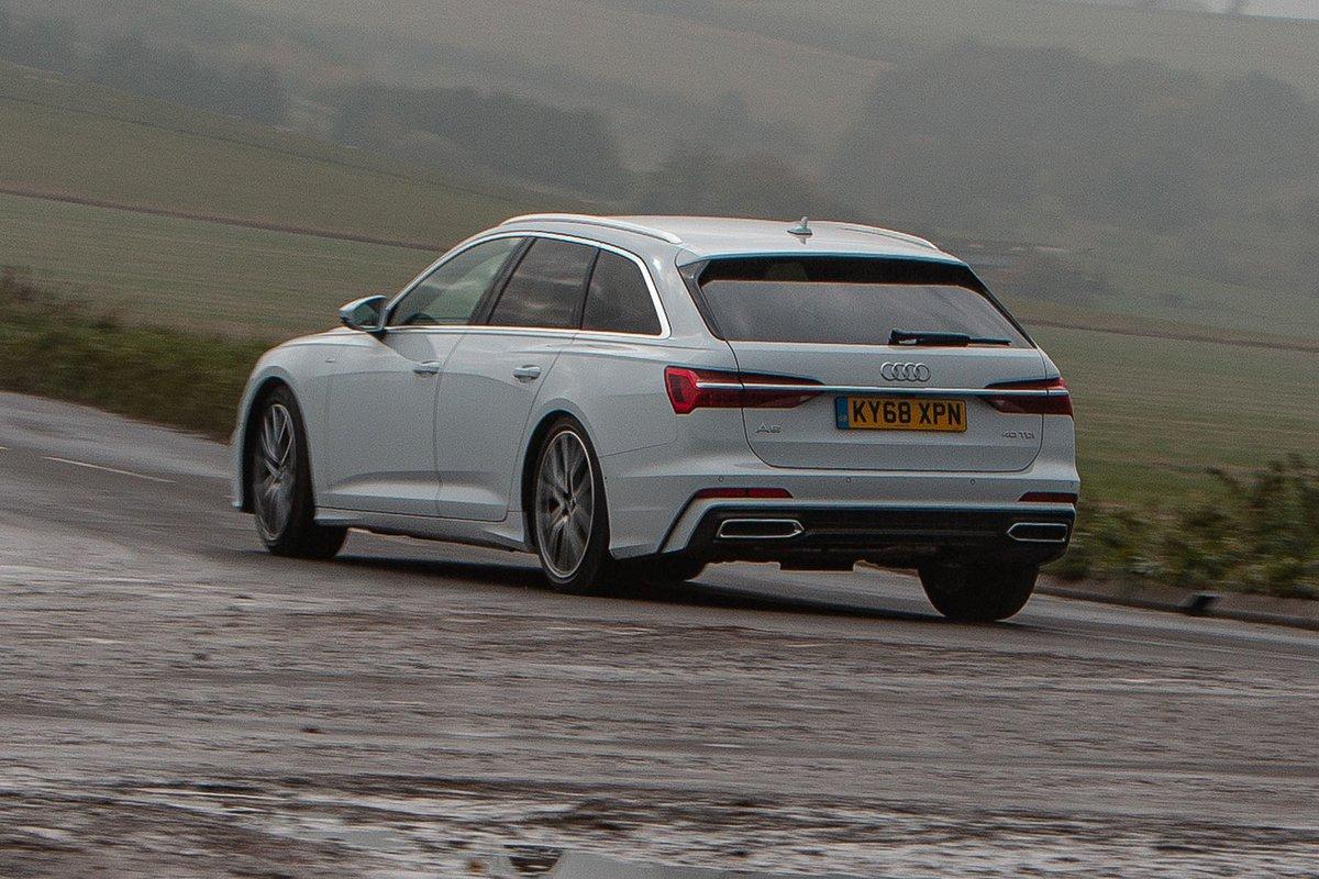 Audi A6 Avant 2019 left rear tracking