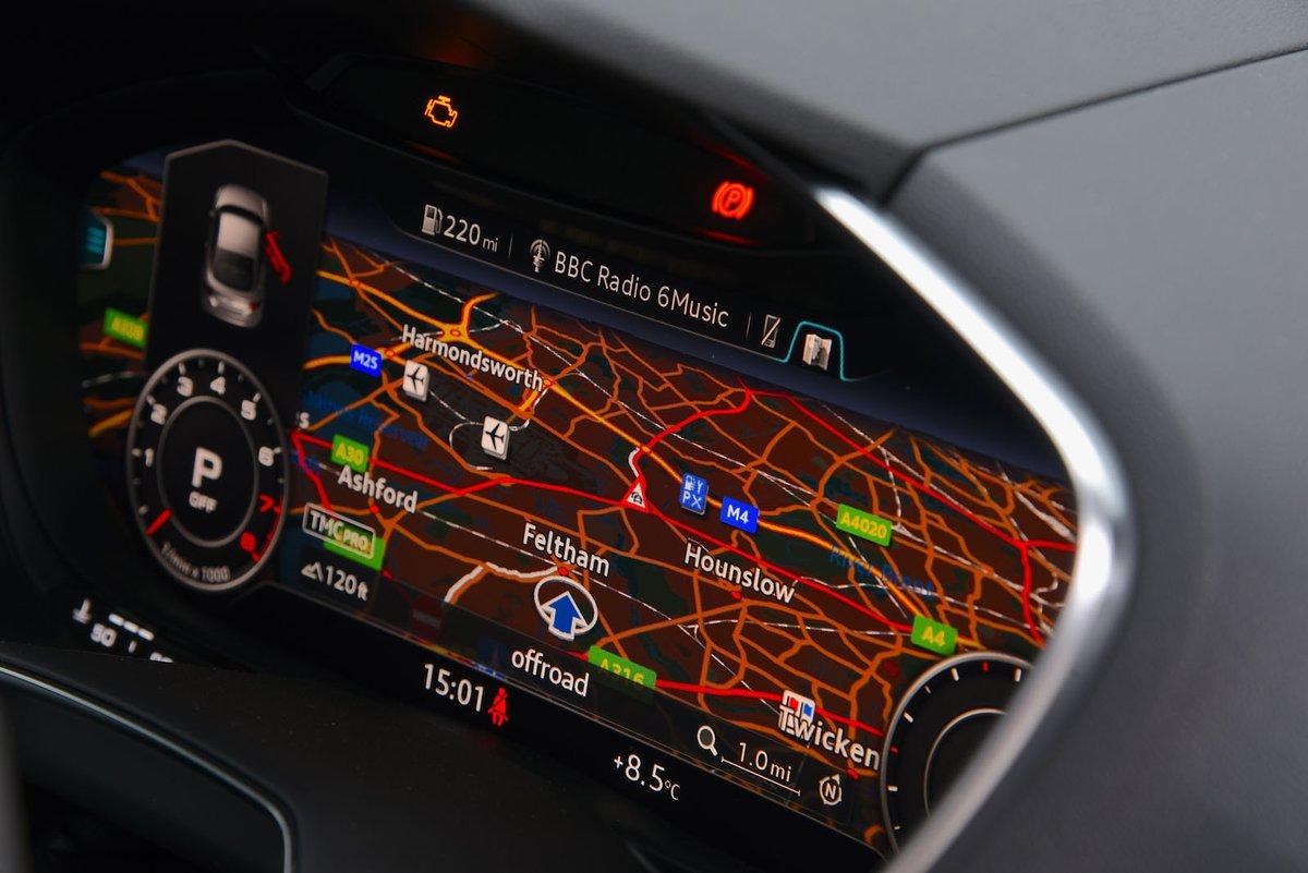 Audi TT 2019 dashboard detail