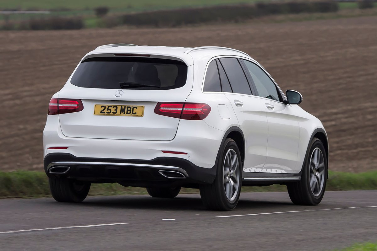 Mercedes GLC 2019 rear right tracking