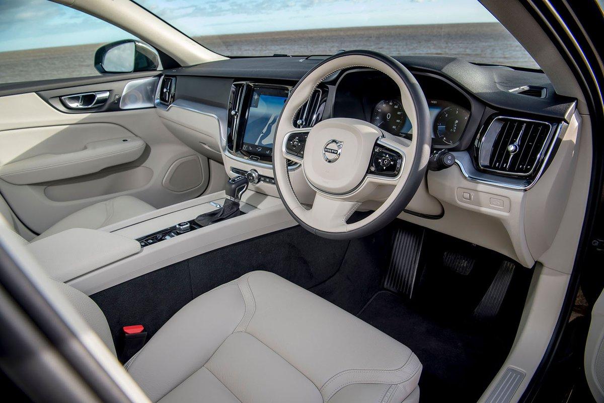 Volvo V60 CC 2019 RHD dashboard