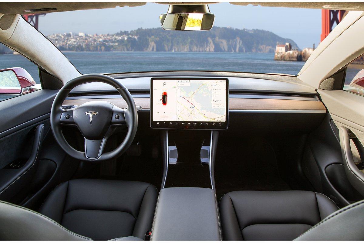 Tesla Model 3 LHD dashboard