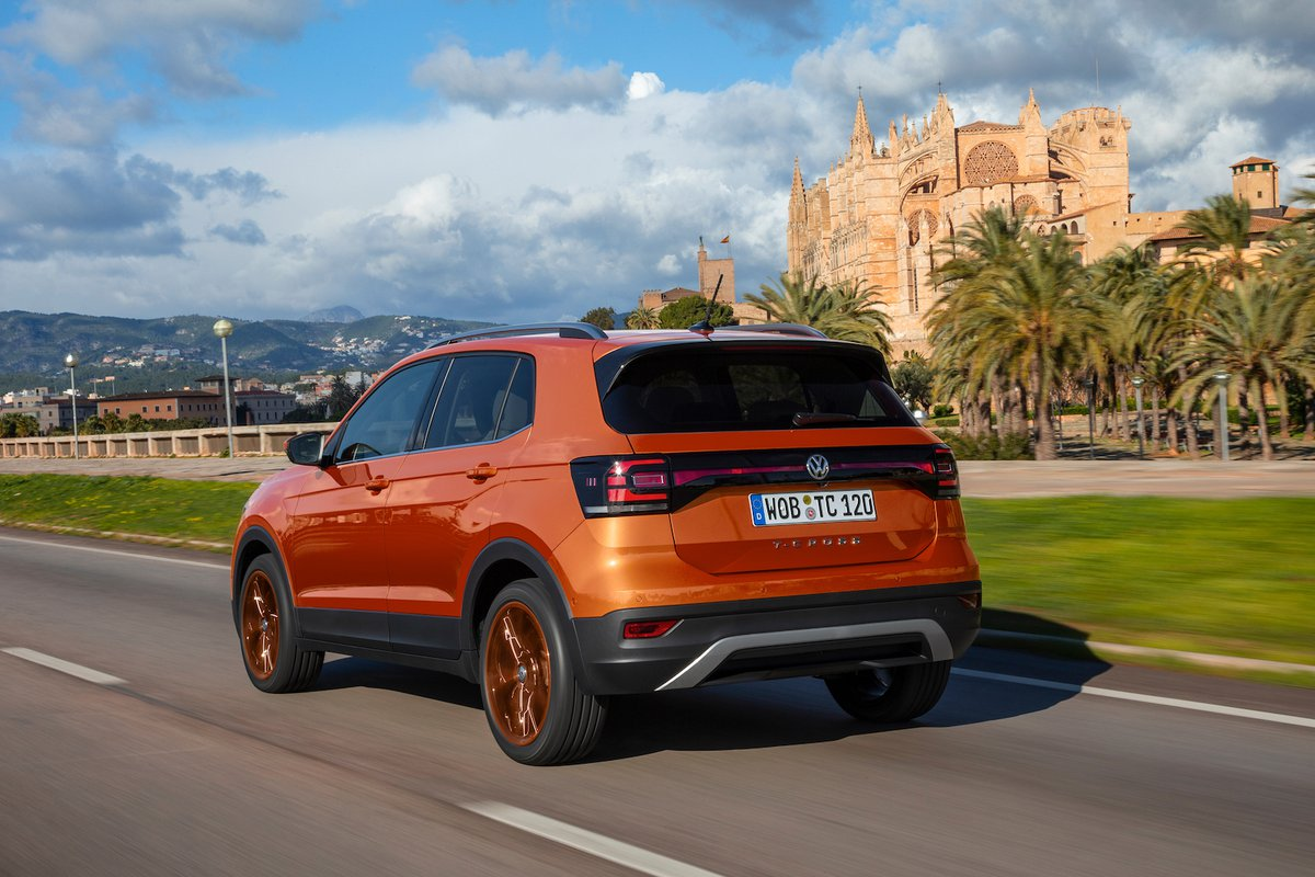 Volkswagen T-Cross 2019 rear left tracking shot