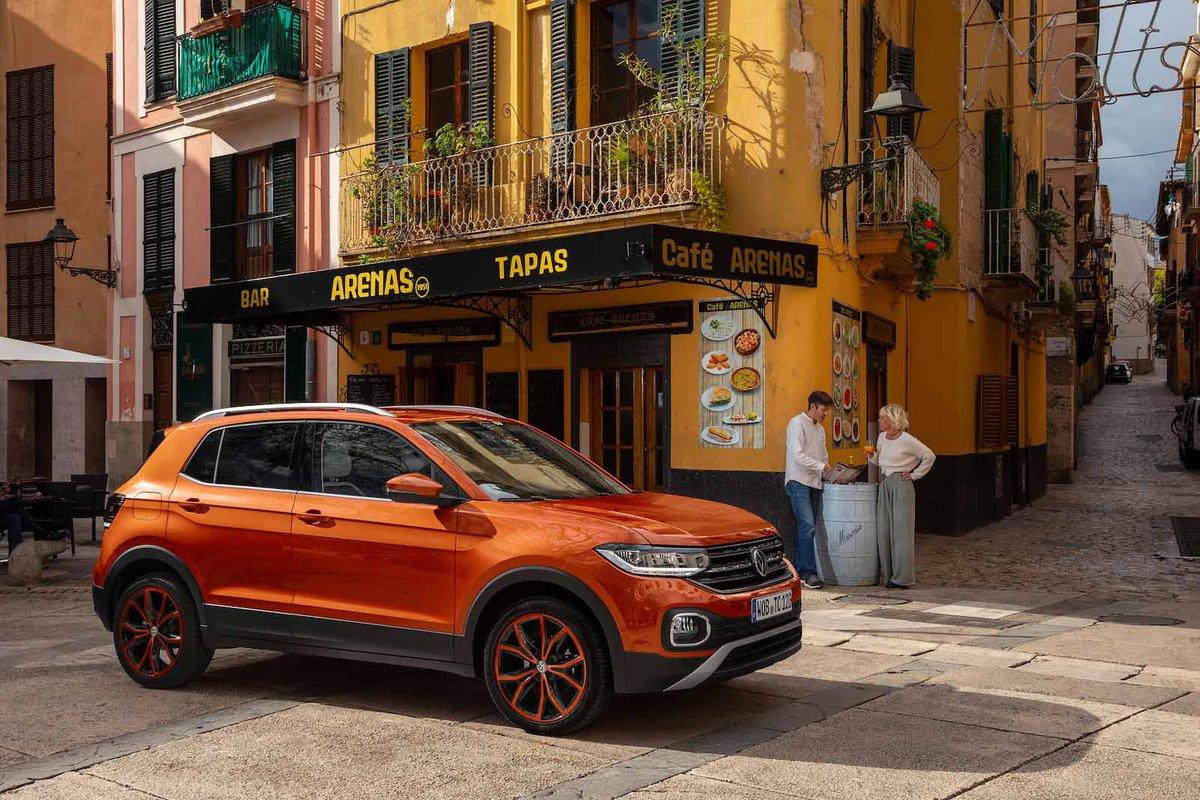 Volkswagen T-Cross 2019 right exterior static