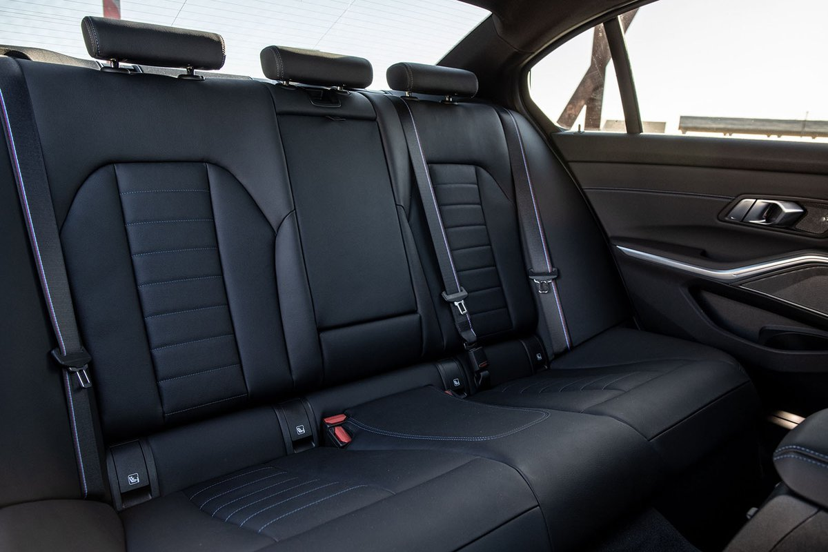 BMW 3 Series 2019 rear seats