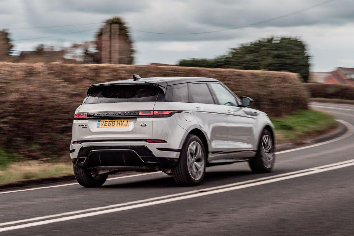 Range Rover Evoque 2019 rear right tracking