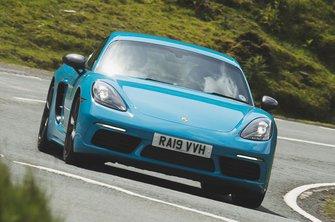Porsche Cayman T front