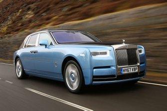 Rolls-Royce Phantom front - sky blue
