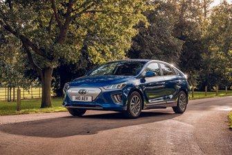 Hyundai Ioniq Electric 2019 RHD wide front tracking