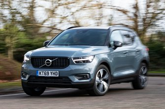 Volvo XC40 Recharge P5 Plug-in Hybrid front