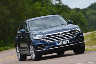 Volkswagen Touareg 2019 RHD cornering shot