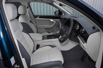 Volkswagen Touareg 2019 RHD front seats