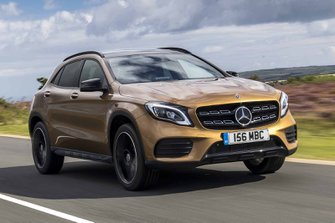 Mercedes-Benz GLA 2017 front tracking