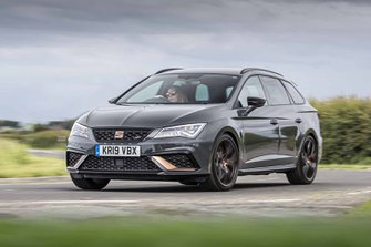 Seat Leon Cupra front tracking