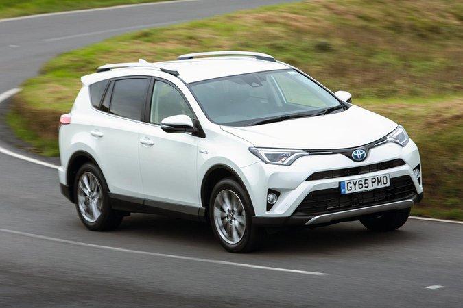 2016 Toyota RAV4 Hybrid AWD review