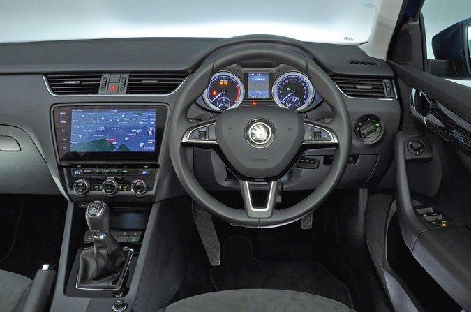 Skoda Octavia Hatchback 13 usado