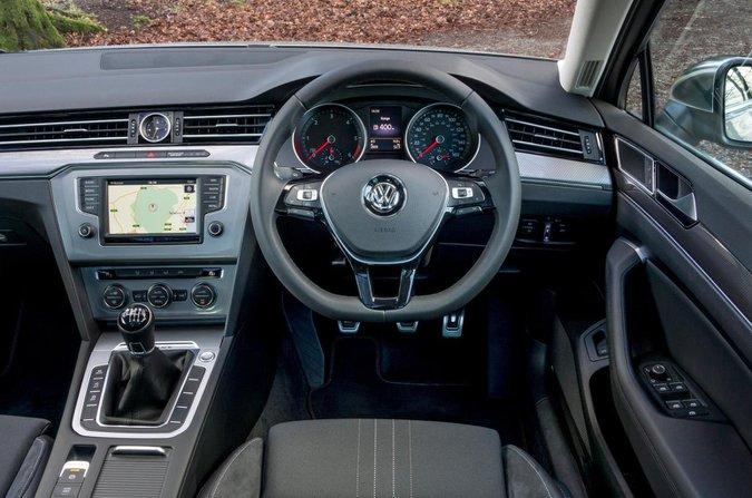 Volkswagen Passat Alltrack interior