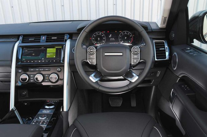 Land Rover Discovery dashboard