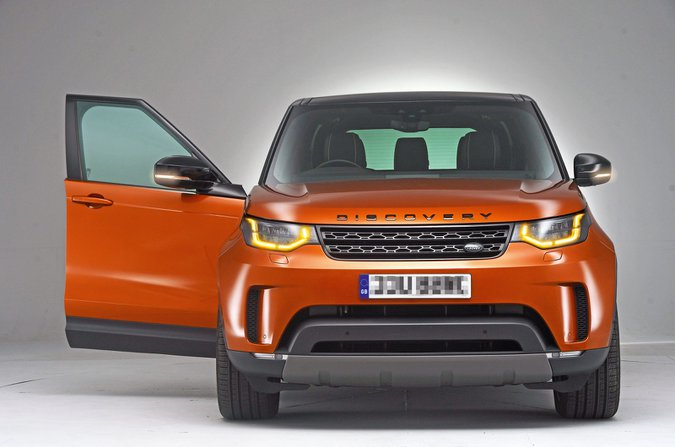 Land Rover Discovery SD6 HSE